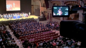 film-graduation-cambridge-university-video-ceremony-wavefx-aru